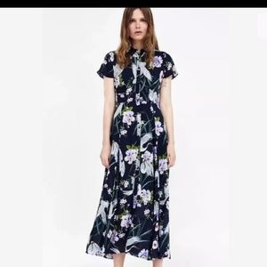 Zara dress small